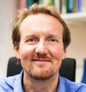 Dr Dan Salter